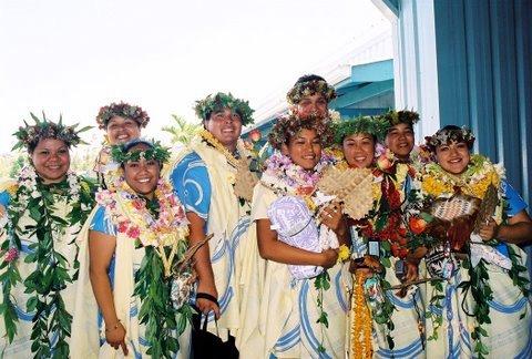 Circa 1999: Hawaiian Studies graduates.