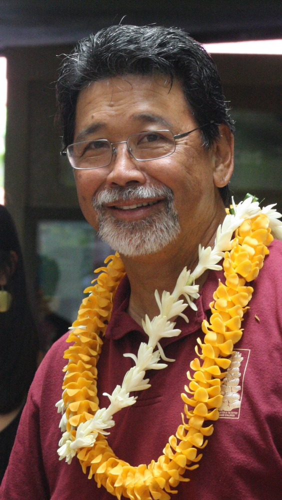 David Sing with two lei.