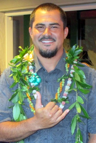 Island musician to teach new course at UH Hilo on contemporary island music