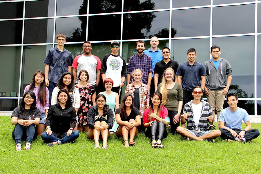 Group of summer interns at Hawai'i Island observatories to present their projects