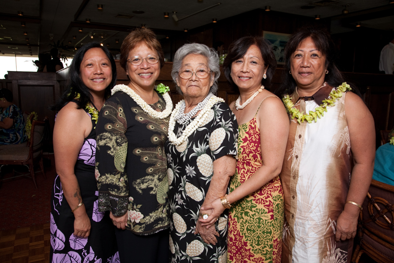 Makuakāne women stand for group photo.
