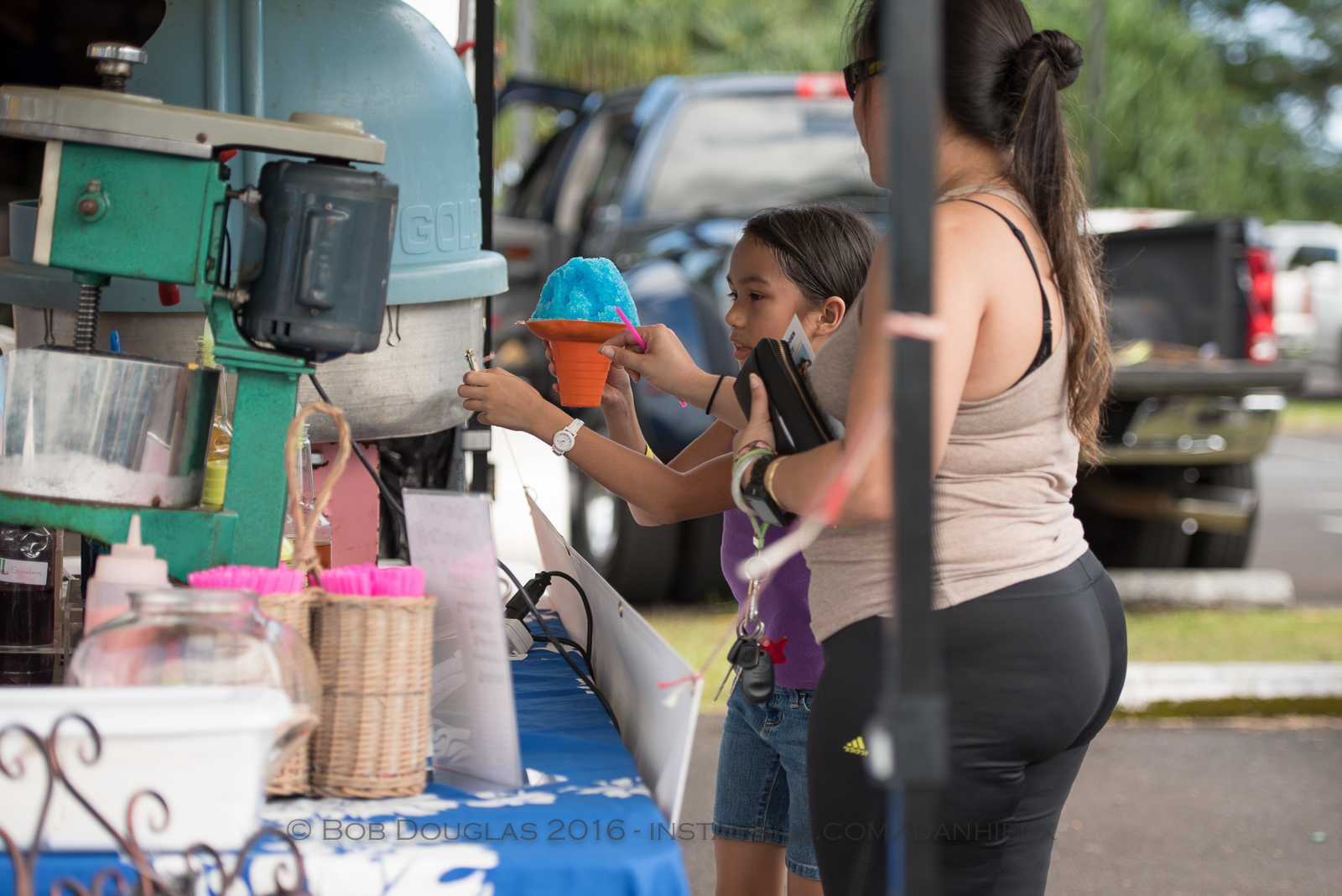 KIds at shave ice booth.
