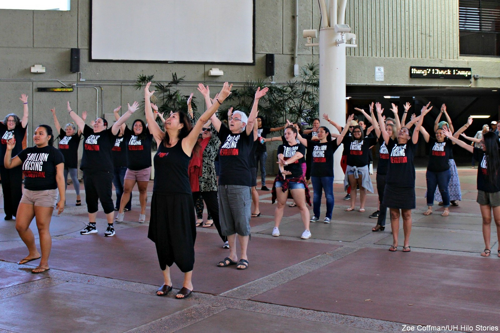 Flash Mob Dance at UH Hilo brings awareness to women's rights