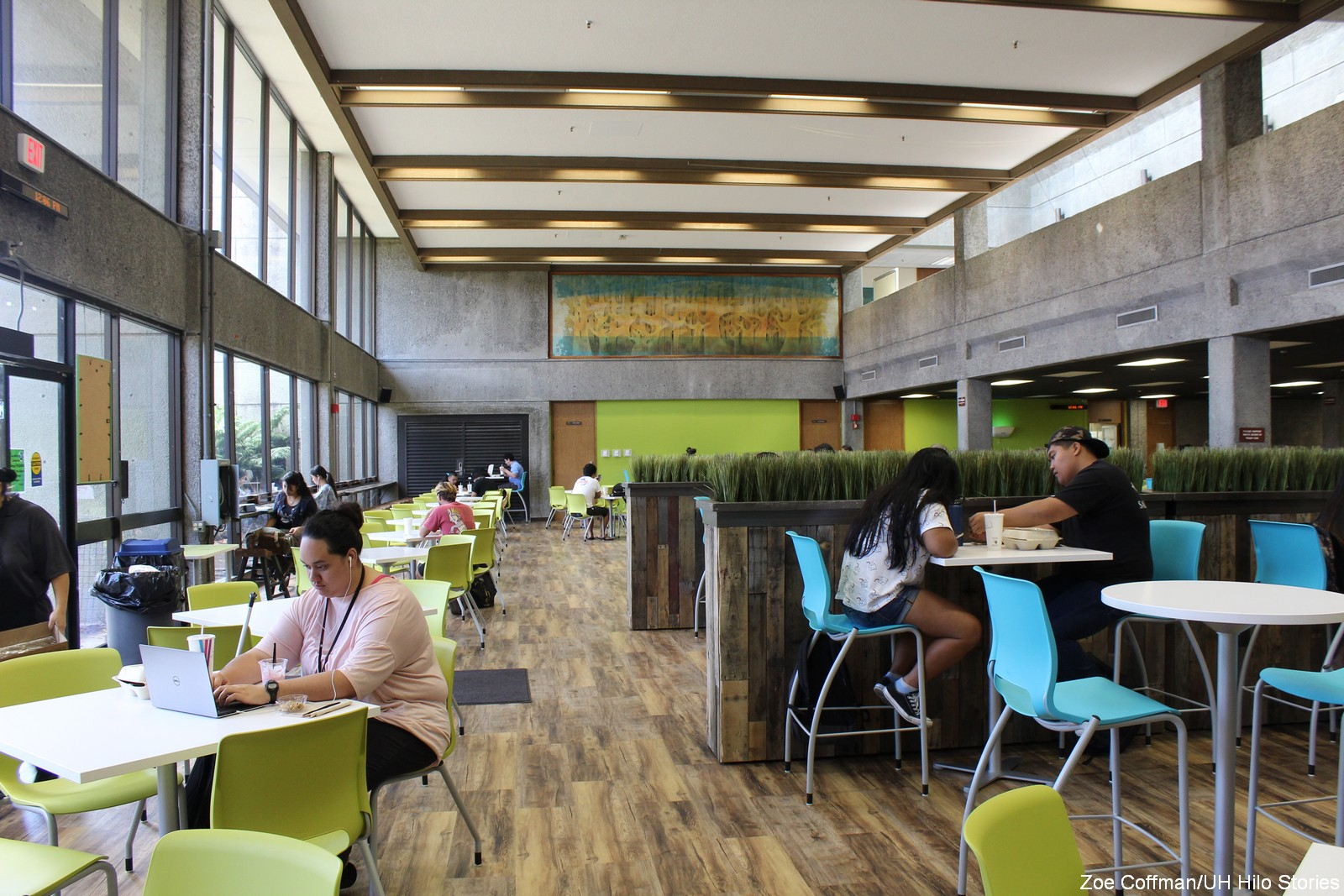 Rustic Modern Dining Room Tables E Komo Mai Uh Hilo Campus Center Dining Room Is