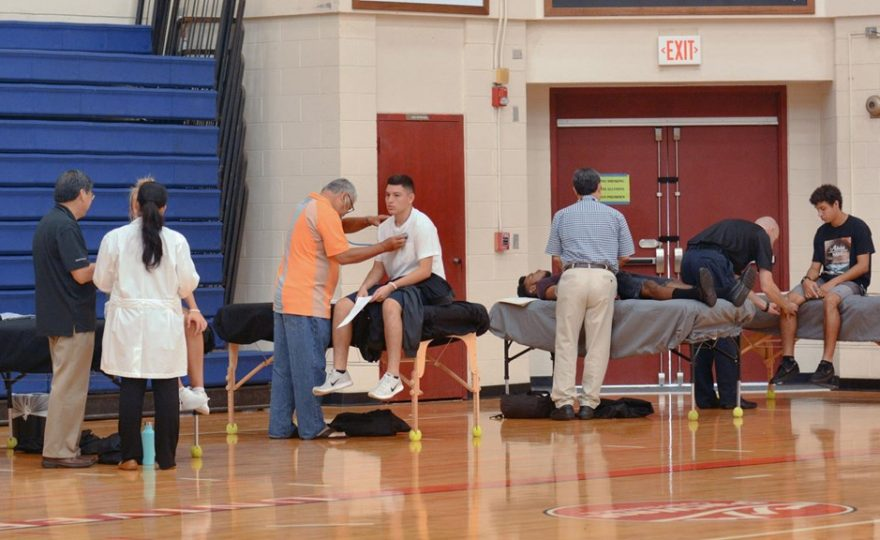 Local medical community volunteers time and expertise to UH Hilo Vulcans