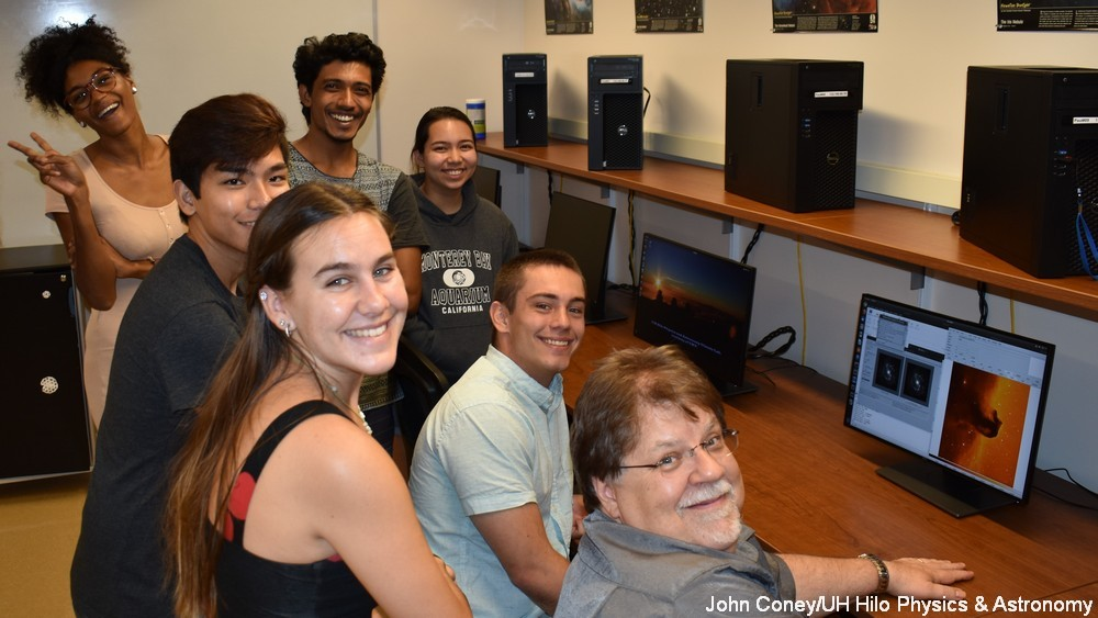 TMT modernizes UH Hilo physics and astronomy department with donation of 12 new Linux computers and data server system