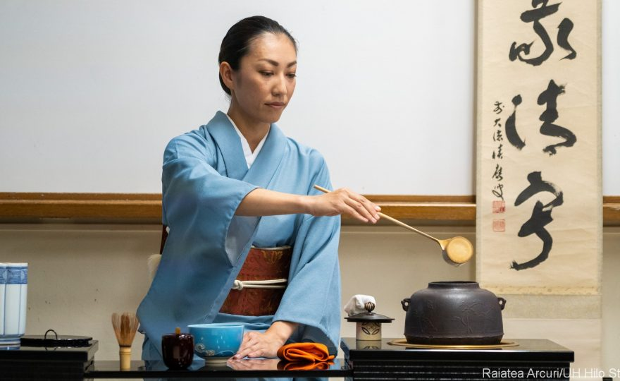 PHOTO ESSAY: Members of the Urasenke Tankokai Hilo Association perform traditional Tea Ceremony at UH Hilo
