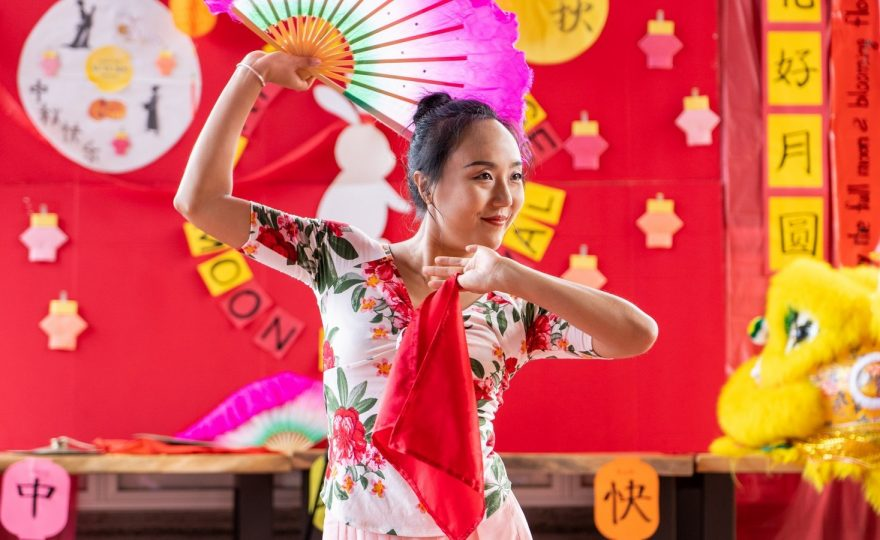 PHOTOS: 2019 Chinese Moon Festival, with song, dance, crafts and more