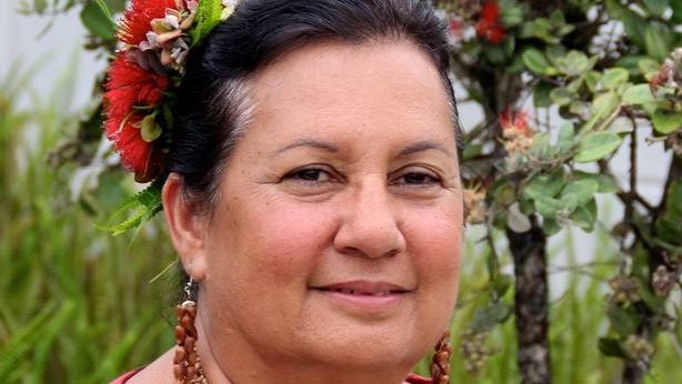 UH Hilo Indigenous educator Makalapua Alencastre receives lifetime achievement award from national association