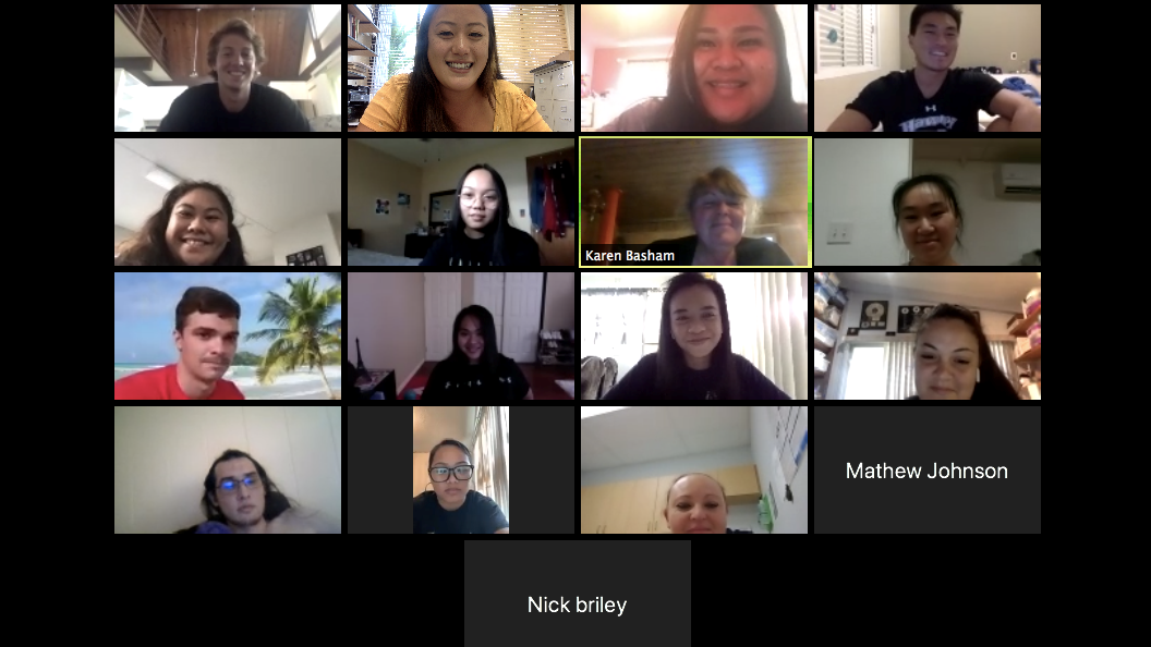 Screenshot of class, 14 students and the instructor on video conferencing.