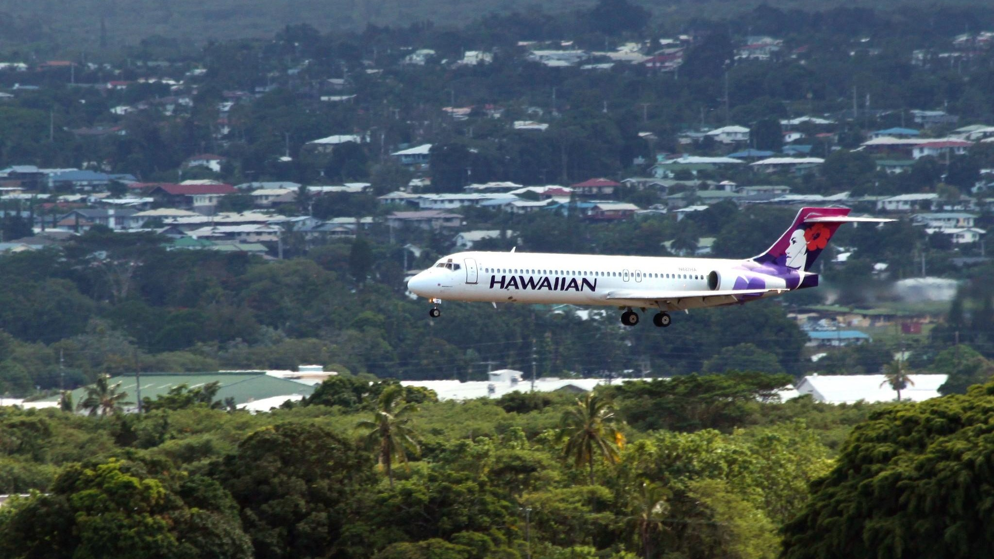 Hawaiian Airlines plane approaches Hilo Airport.