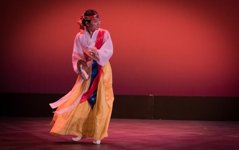 PHOTO ESSAY: Korean cultural performance dazzles audience at UH Hilo