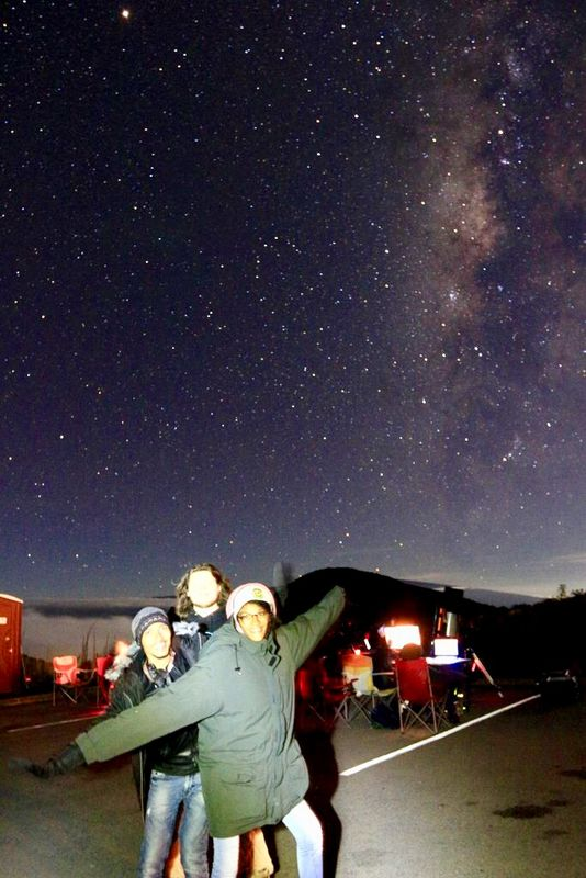 Andrea outside at Maunakea, making astronomical observations