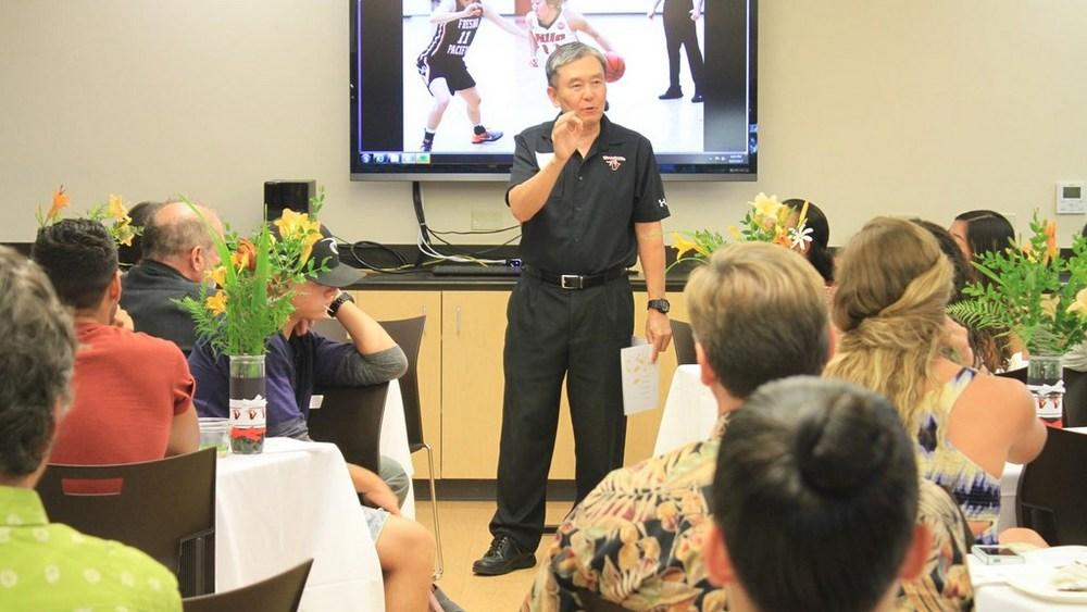 Randy Hirokawa speaking to group.