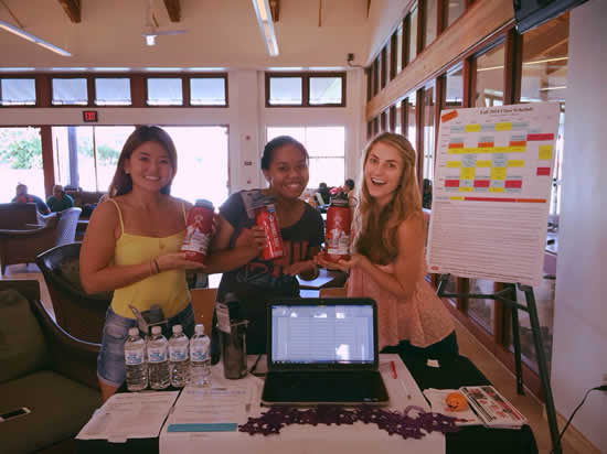 "Peer Health Educators at the ""Water You Doing to Stay Hydrated?"" tabling event"