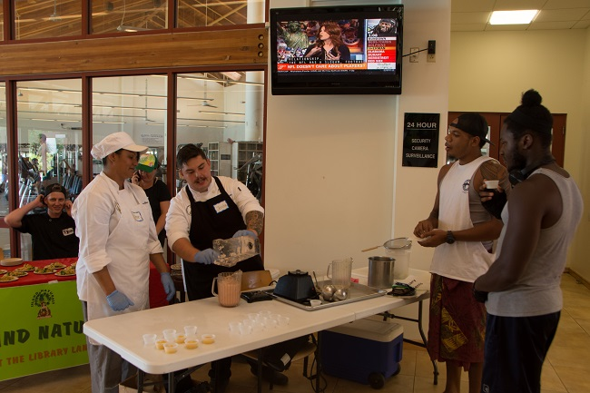 Hawaii Community College Culinary Arts Blends Delicious And Healthy Smoothies!